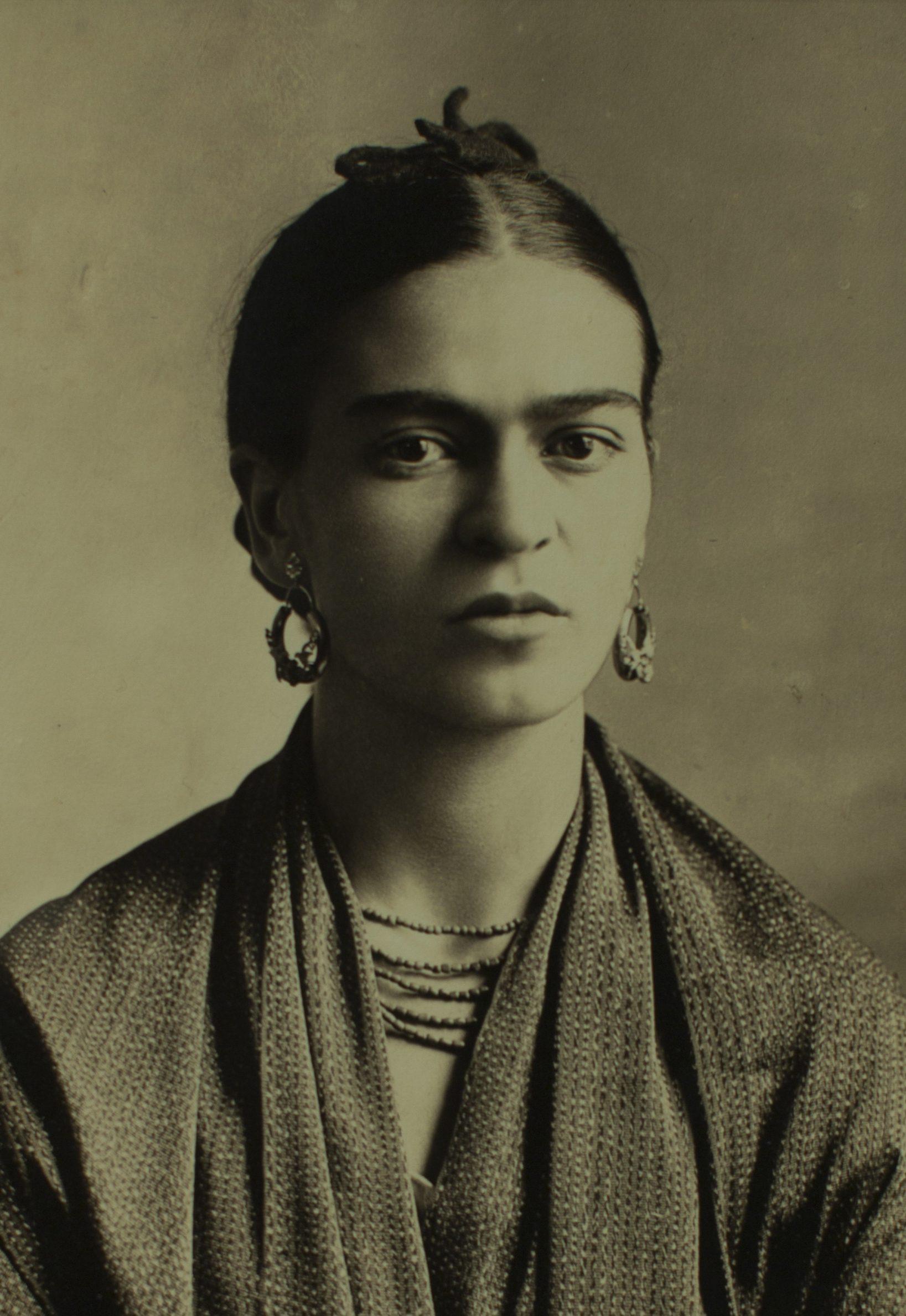 Por qu frida kahlo es tan reconocida y admirada for Cuartos decorados de frida kahlo