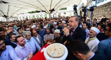 Reportan 6,000 arrestos por intento de golpe de Estado en Turquía