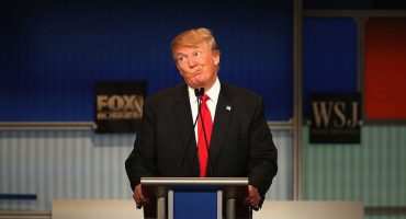 Trump agradece a los rusos hackeo contra Hillary... dice que les faltan otros 30 mil emails