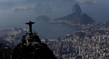 Nadar con basura, un problema que enfrentarán los atletas en Río de Janeiro