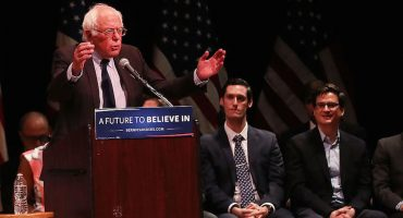 Bernie Sanders declara su apoyo a Hillary Clinton