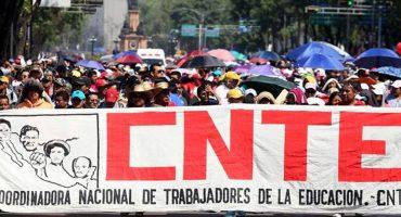 Padres demandan a la CNTE y al IEEPO por no iniciar con las clases