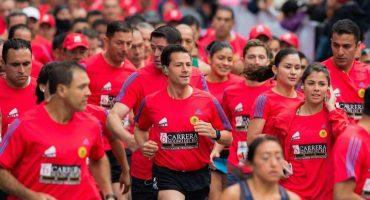 Peña Nieto encabeza la carrera Molino del Rey... y da un discurso muy random