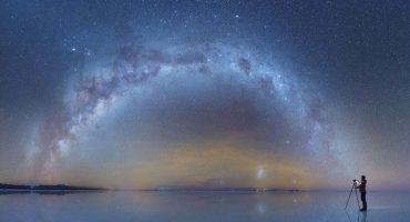 Fotografo captura toda la belleza de la Vía Láctea en un desierto de Bolivia