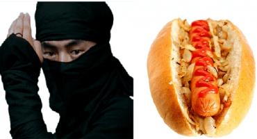 """En Japón sirven """"hot dogs ninja"""", pero la verdad parecen…"""