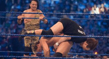 Exluchadores de la WWE demandan a la compañía por daños cerebrales