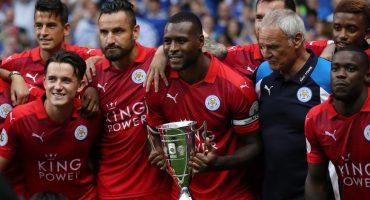 Leicester City levantó su primer trofeo de la temporada