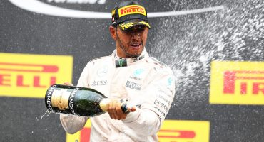 Lewis Hamilton se lleva al Gran Premio de Austria