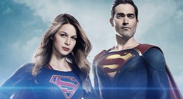 Vean a Tyler Hoechlin recreando un momento clásico de Superman