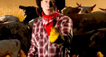 ¿Qué puede ser mejor que ver a Sir Patrick Stewart cantando música Country?