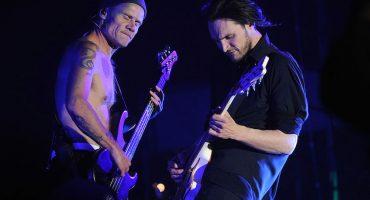 Josh Klinghoffer de RHCP está harto de que lo comparen con John Frusciante