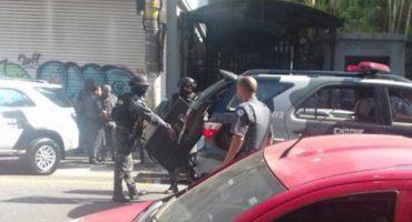 Asaltante toma al menos cinco rehenes en restaurante de Sao Paulo