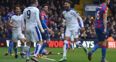 Jamie Vardy quiere que Riyad Mahrez se quede con el Leicester City