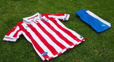 ¡Reventa del jersey conmemorativo de Chivas llega a los 15 mil pesos!