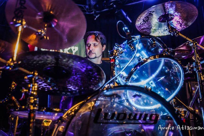 Dave Lombardo será el baterista invitado para la reunión de Misfits