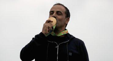 Ganó medalla de oro pero no escuchó el himno de su país