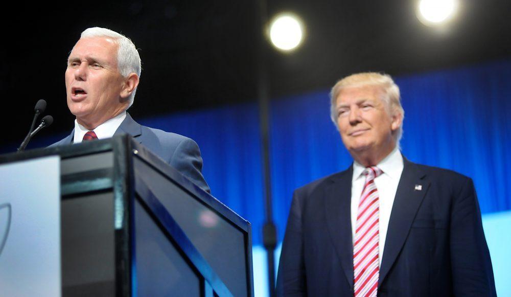 """""""Fumar no mata"""" y otras joyas de Mike Pence, vicepresidente de EEUU"""
