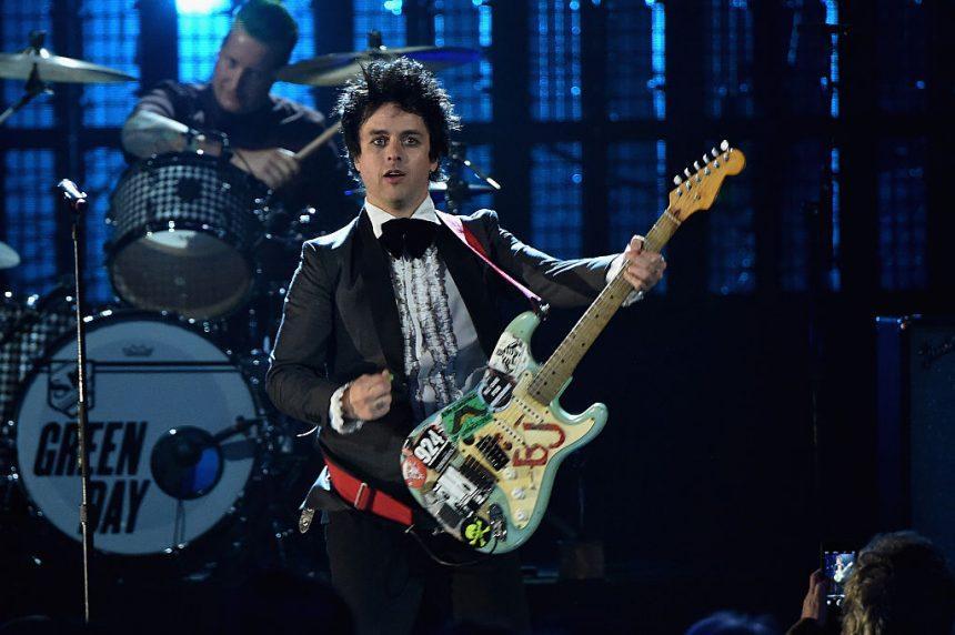 """Green Day confirma nuevo álbum y lanza su primer sencillo """"Bang Bang"""""""