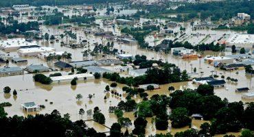 La histórica inundación en Louisiana desenterró ataúdes de los panteones