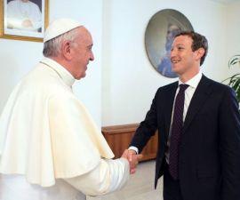 Papa Francisco y Mark Zuckerberg.
