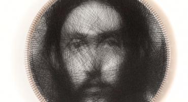 Artista usa un sólo hilo para recrear una pintura renacentista