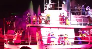 Accidente en Disney: Tontín cae encima de Tribilín... un  momento... ¿¡qué!?