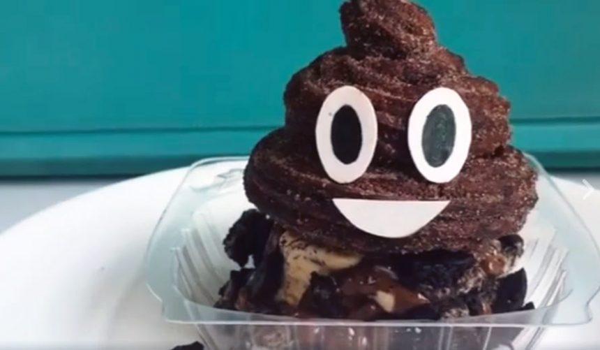 Compañía de postres crea un churro en forma del emoji de popó porque… claro