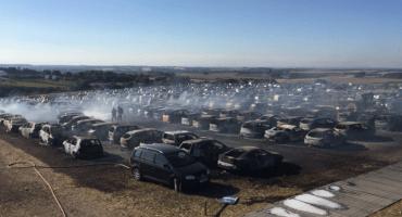 Boomtown Fair Festival es evacuado tras el incendio de 80 autos