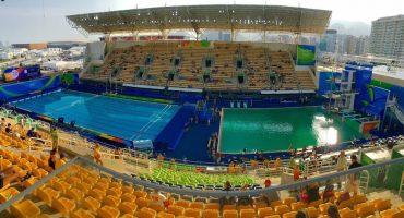 El agua de la fosa olímpica se robó la atención en Río 2016