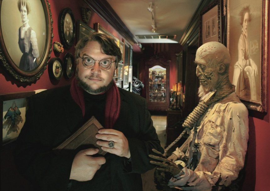 At Home With Monsters: La mórbida exhibición de Guillermo del Toro