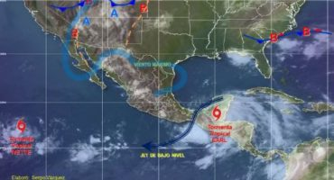 Earl pierde fuerza y se degrada a tormenta tropical