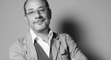 El escritor Ignacio Padilla murió en accidente automovilístico