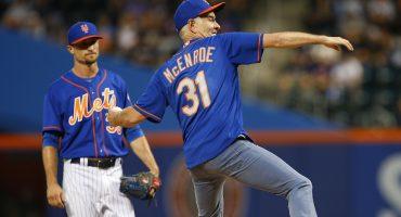 Tienes que ver el increible lanzamiento de John McEnroe en el juego de los Mets