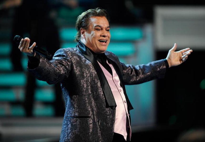 Muere Juan Gabriel a los 66 años de edad