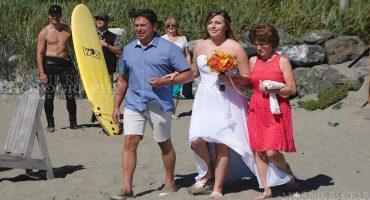 El photobomb de Justin Trudeau (sin camisa) en una boda