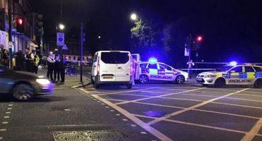 Agresor con cuchillo mata a una persona y hiere al menos a otras seis en Londres