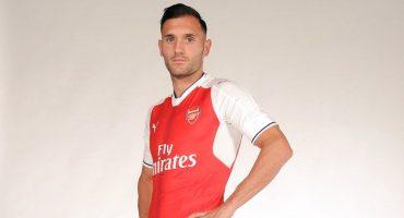 Arsenal confirma la llegada del delantero Lucas Pérez
