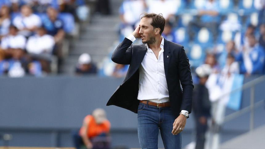 Luis Zubeldía deja de ser el técnico de Santos