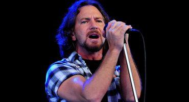 Miren a Pearl Jam tocar un cover a Neil Young junto a J. Mascis