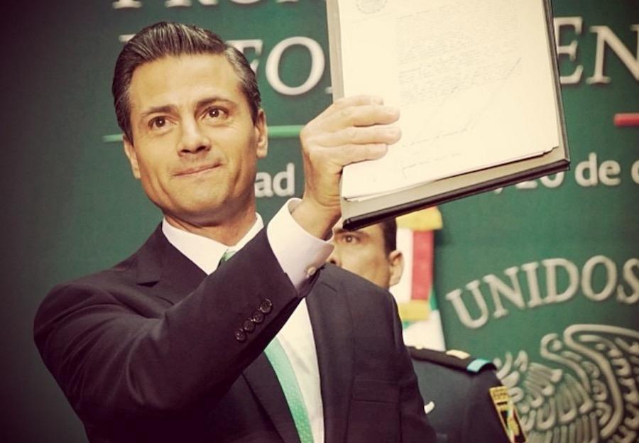 Enrique Peña Nieto plagió su tesis universitaria: Aristegui Noticias