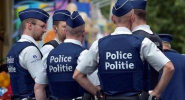 Pese a nivel de alerta por atentados, cachan a policías belgas jugando Pokémon GO