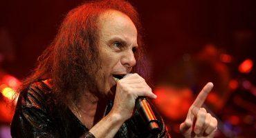 Dio regresa en forma de holograma para cantar