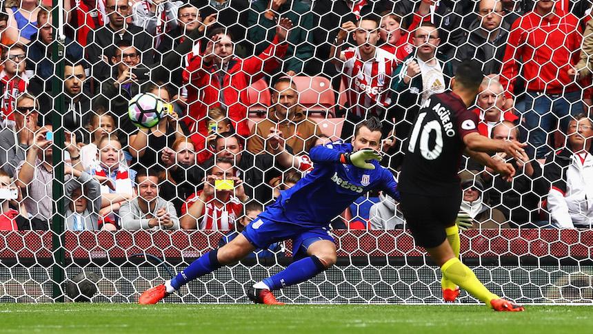 Con doblete de Agüero y Nolito, el Manchester City golea 4-1 al Stoke City