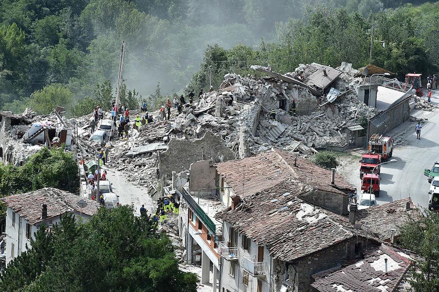 Aumenta a 252 el número de víctimas que dejó el terremoto en Italia