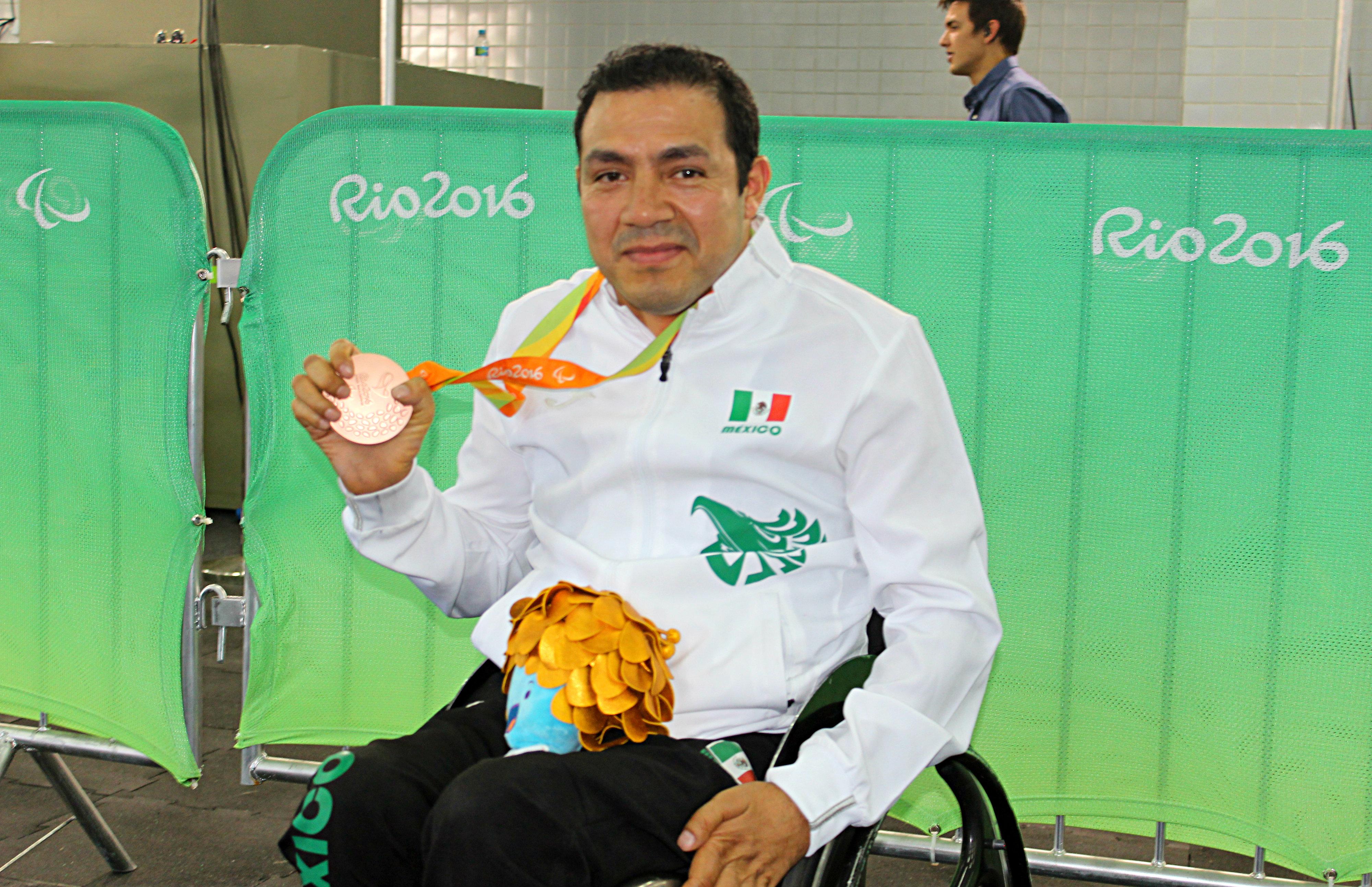 El mexicano Edgar Navarro ganó su segunda medalla en los Juegos Olímpicos de Río.