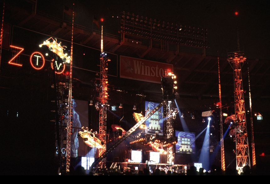 zoo-tv-tour-u2