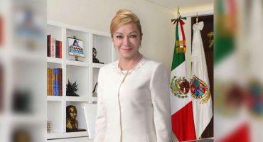 Regalos, ofertas... y hasta piratería: alcaldesa de Atizapán explica origen de costosas ropas