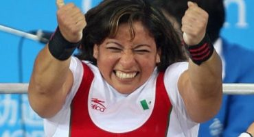 Amalia Pérez logra el oro en el powerlifting