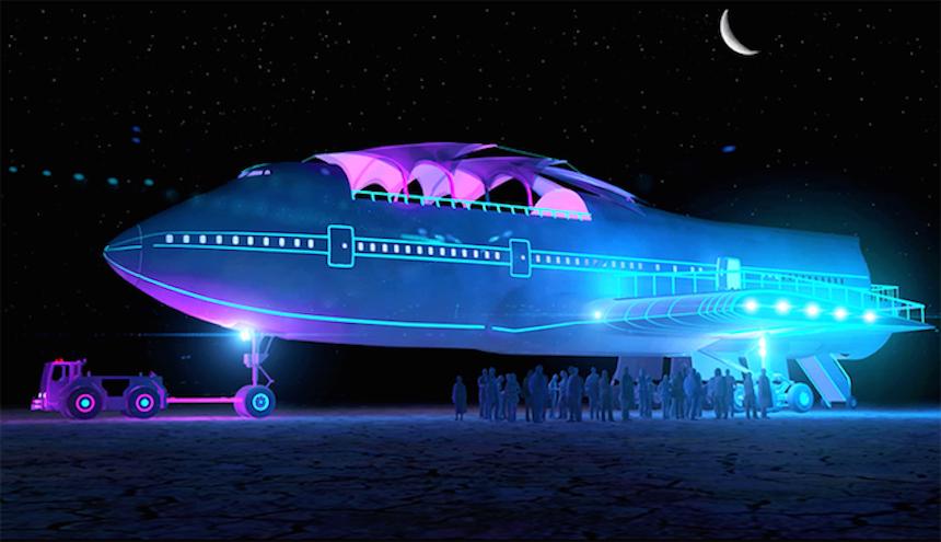 Boeing 747 Burning Man