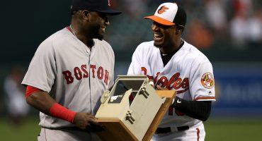 Los Baltimore Orioles le regalan un teléfono destruido a David Ortiz